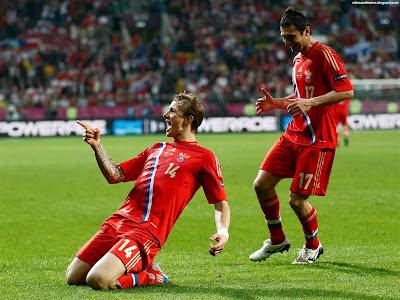 Roman Pavlyuchenko Goal Celebration Euro 2012 Russia Hd Desktop Wallpaper