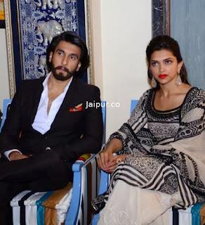 Ranveer and Deepika Padukone at Jaipur to Promote Ram leela  (12).jpg
