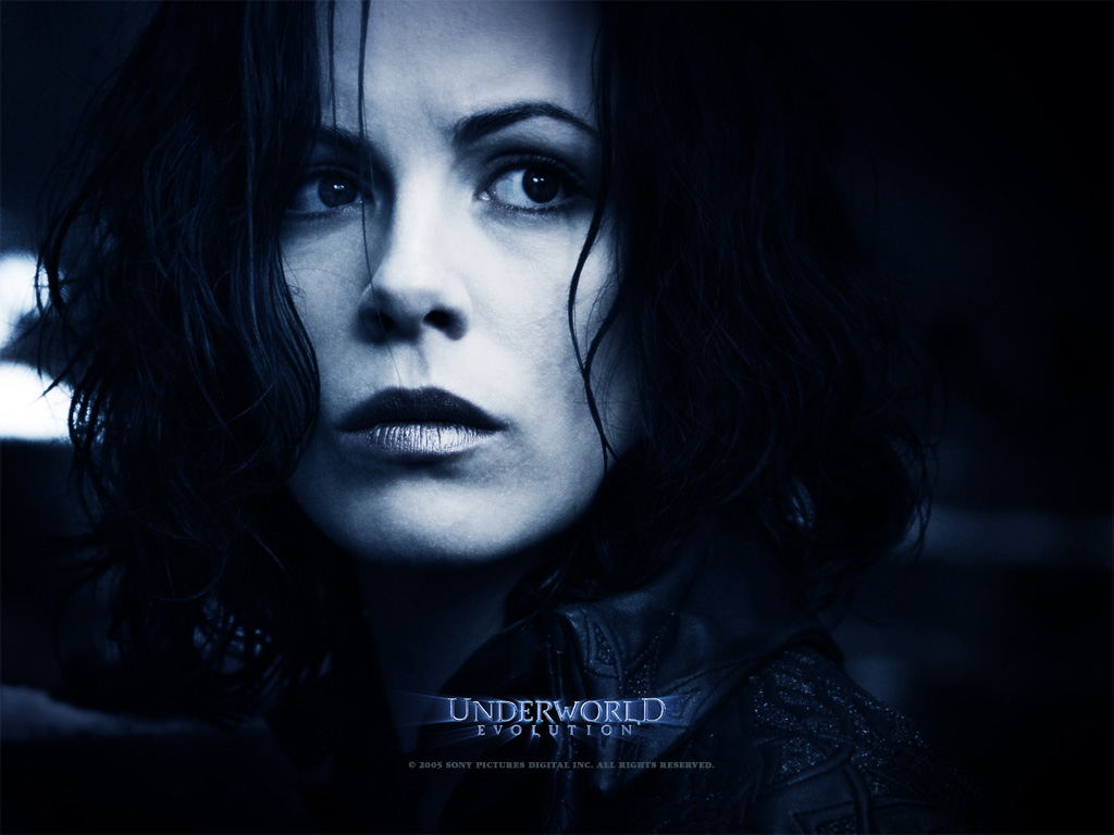 http://2.bp.blogspot.com/-Ti147-Ck6AU/TaVqgoq2CDI/AAAAAAAAKyU/DItIJuWWLWA/s1600/Kate_Beckinsale_in_Underworld+_Evolution_Wallpaper_3_800.jpg
