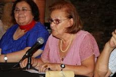 La escritora Pepa Aurora recibe el Almendro de las Artes y las Letras