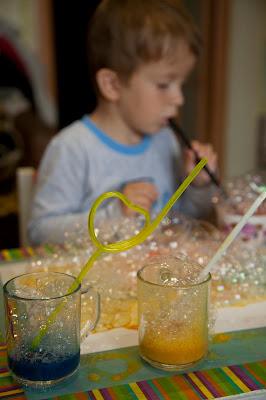 Рисуем мыльными пузырями.