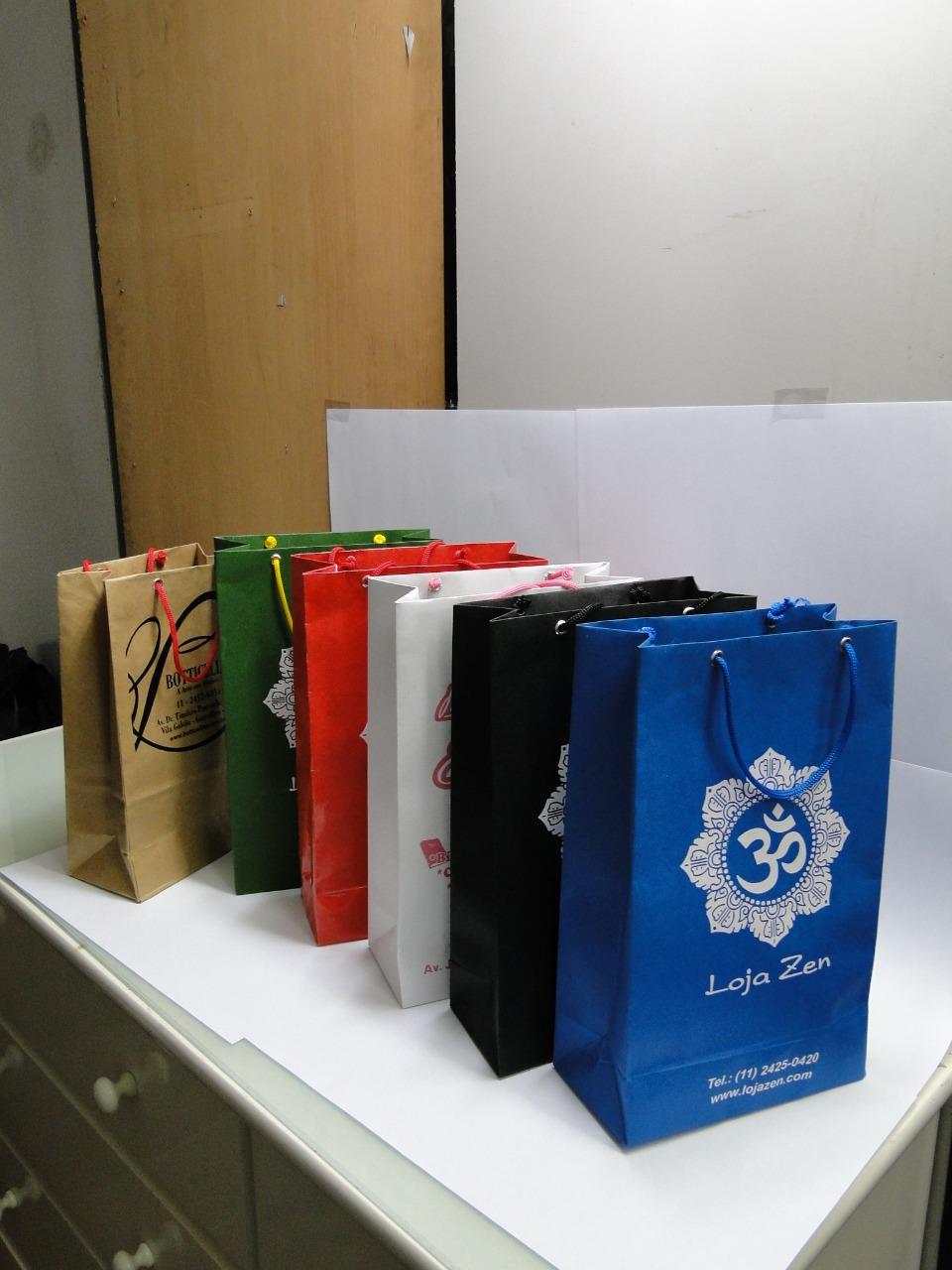 Sacolas personalizadas para presentes