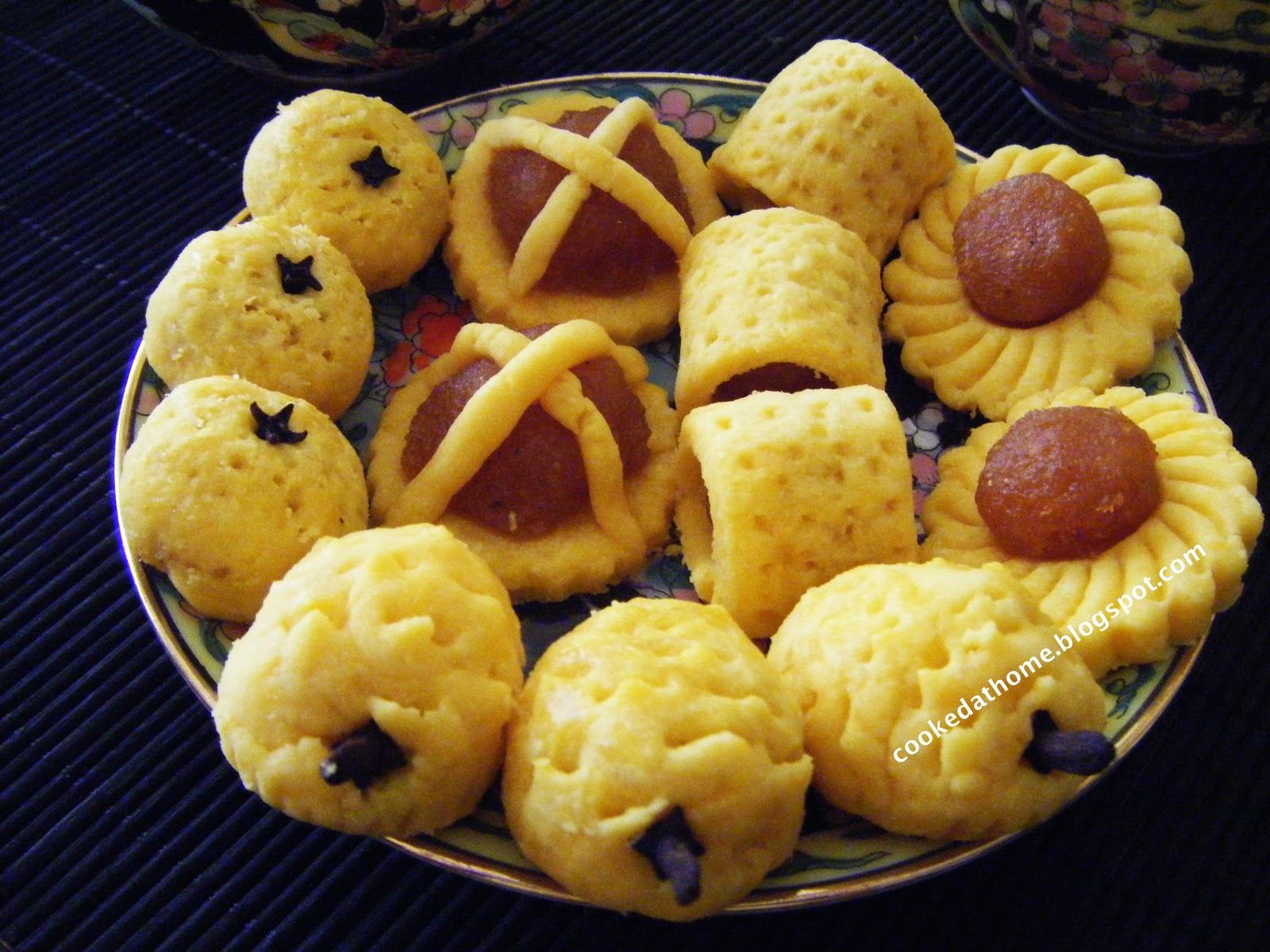 Pineapple Tarts in a variety of shapes - open lattice, mandarin orange ...