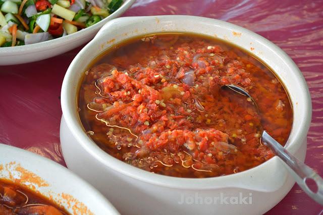 Nasi-Padang-Roti-Canai-Tiram-Klasik-Corner-Johor-Bahru-Ulu-Tiram