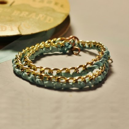 DIY - Ribbon Wrapped Chain Bracelet