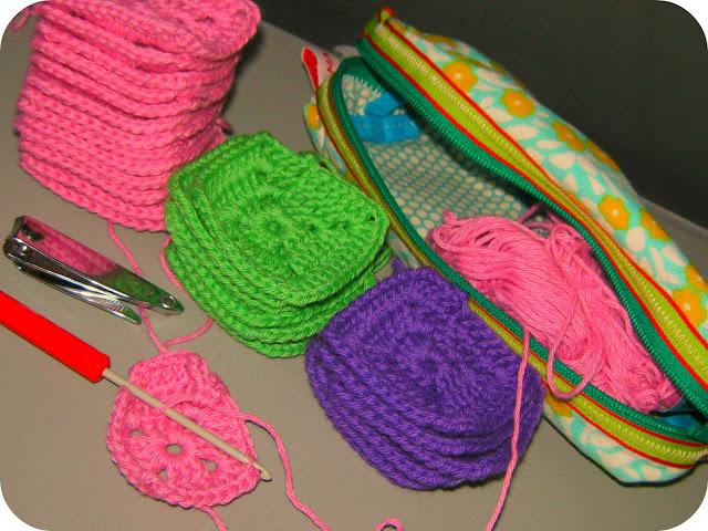 strikkepinde med i fly