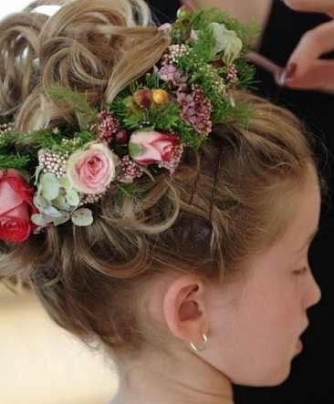 Dewi Image Wedding Flower Girl Hairstyles