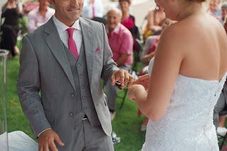 cérémonie laïque, mariage, alliance, photobooth, weedingblues, gris, fuschia