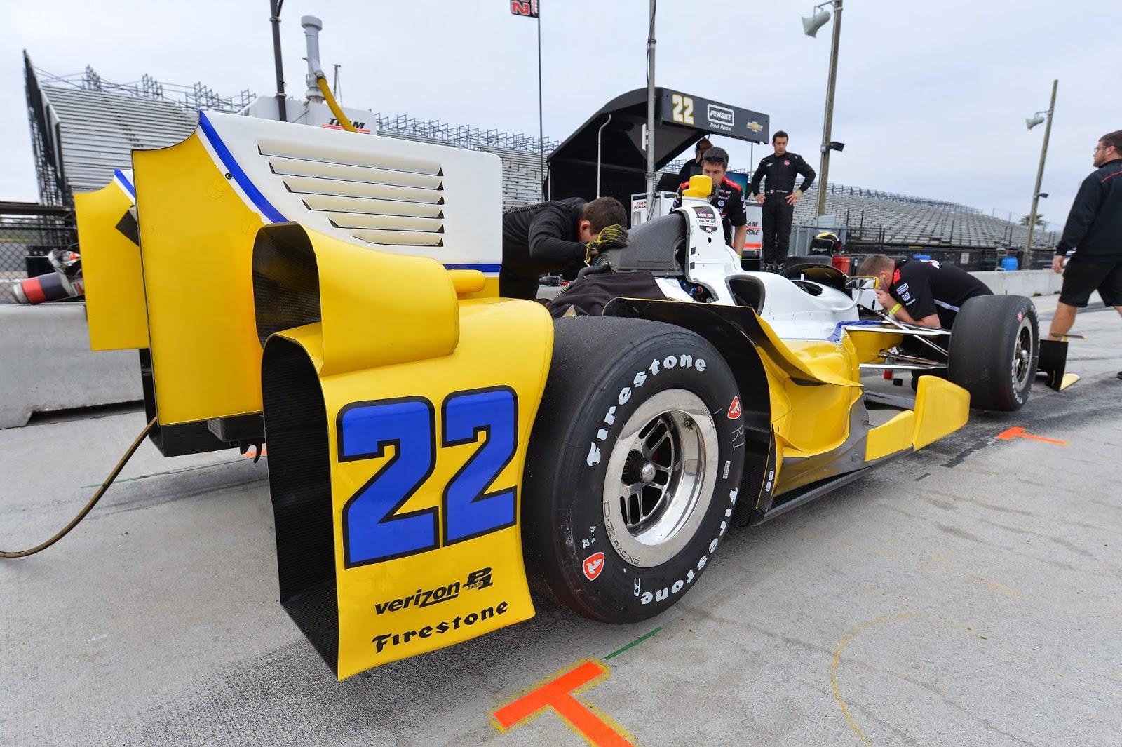Rear bumper of Simon Pagenaud's machine.