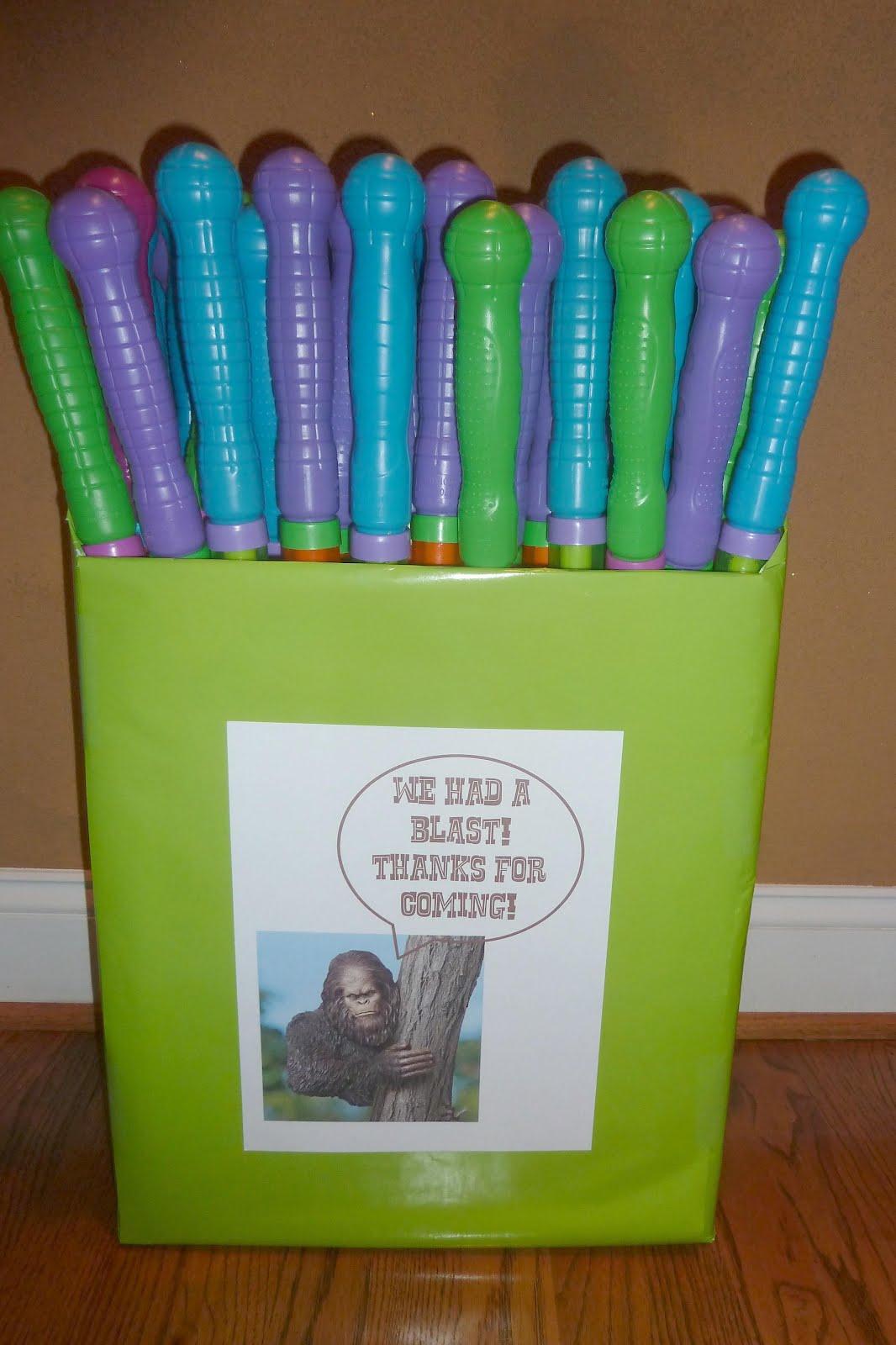 Room Mom Extraordinaire: Bigfoot Birthday Party