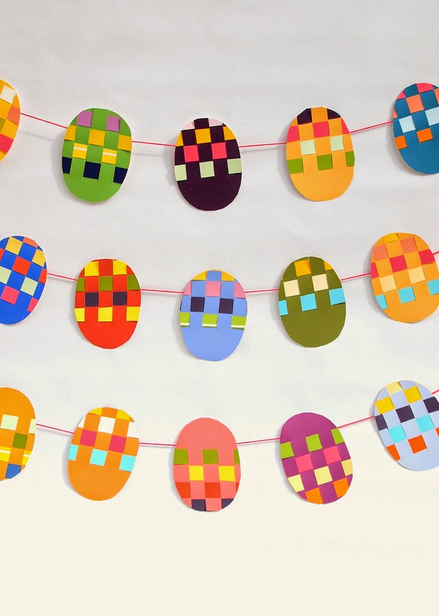 how to make woven Easter egg garland
