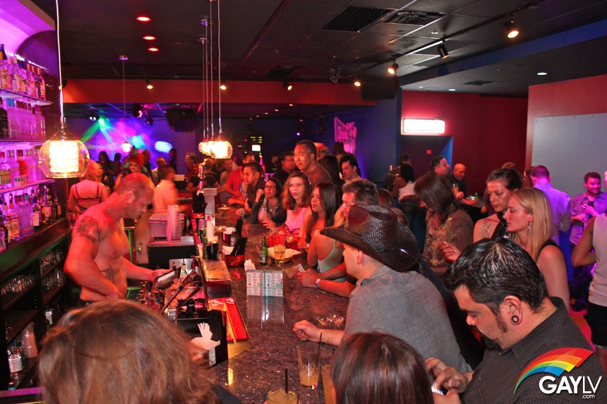 Las Vegas LGBT Clubs and Bars with Reviews and