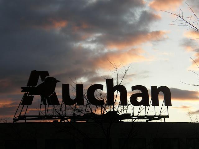 Auchan, Óbuda, hipermarket, Budapest, Szentendrei út, III. kerület, vicces