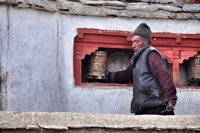 lamayuru monastery ladakh leh jammu kashmir legend story moonscapes