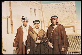 بدايه اكتشافات البترول في الجزيره العربيه 057.jpg
