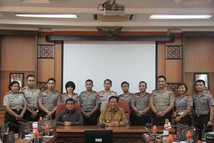 Kunjungan 10 Perwira Pertama (PAMA) berpangkat Ajun Komisaris Polisi (AKP) di Kantor Bupati Gresik