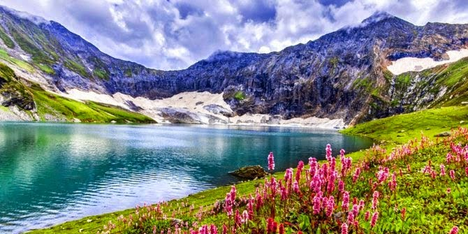 Danau Ratti Gali, Kashmir
