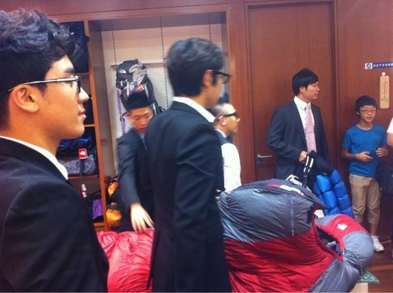BigBang Eikones 110808_BIGBANG_North-Face-Event_bigbangupdates-15