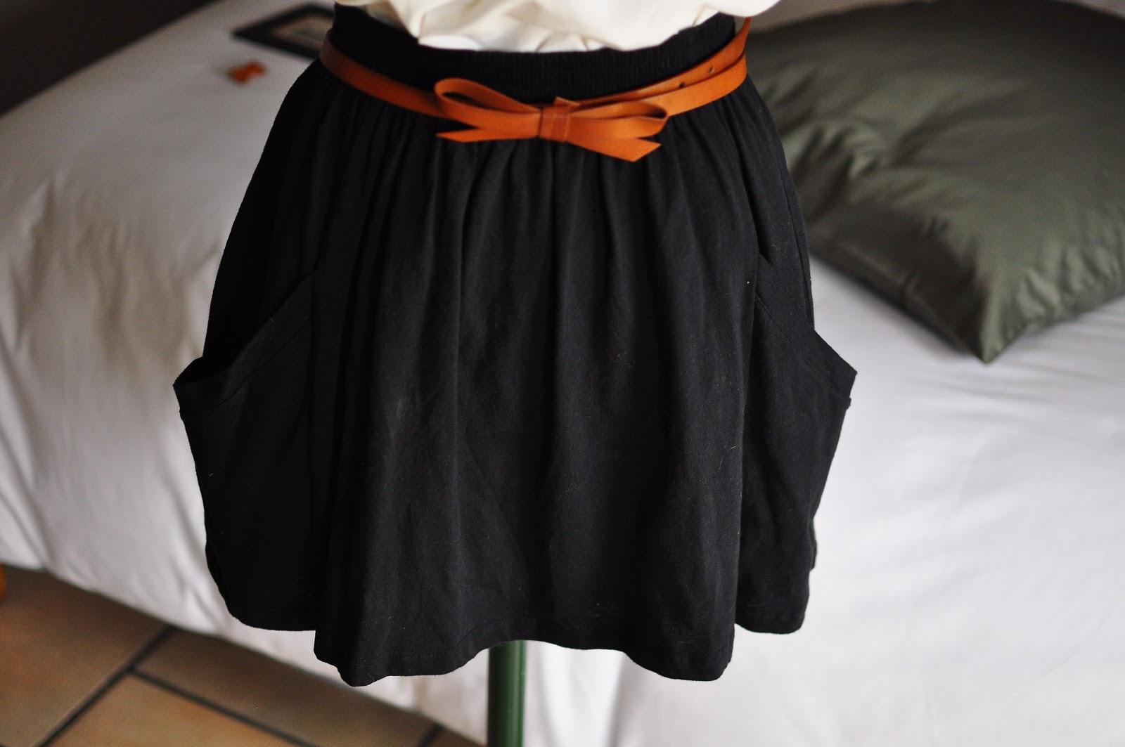 le dressing de lullaby jupe patineuse zara esprit american apparel. Black Bedroom Furniture Sets. Home Design Ideas