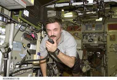ISS Amateur station of Kenwood D-700 in action