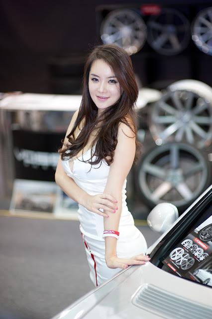 5 Im Ji Hye - Seoul Auto Salon 2012-Very cute asian girl - girlcute4u.blogspot.com