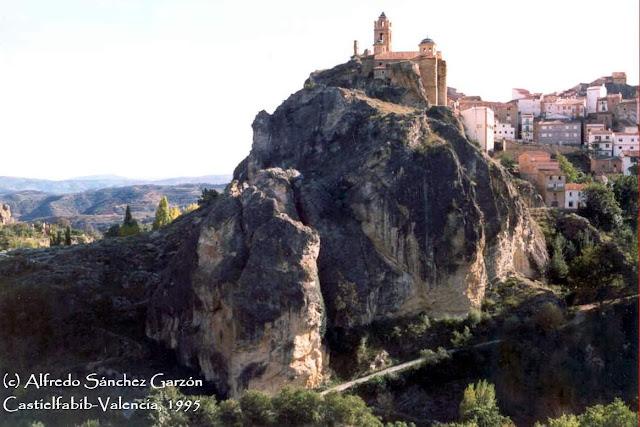 castielfabib-castillo-fortaleza-iglesia