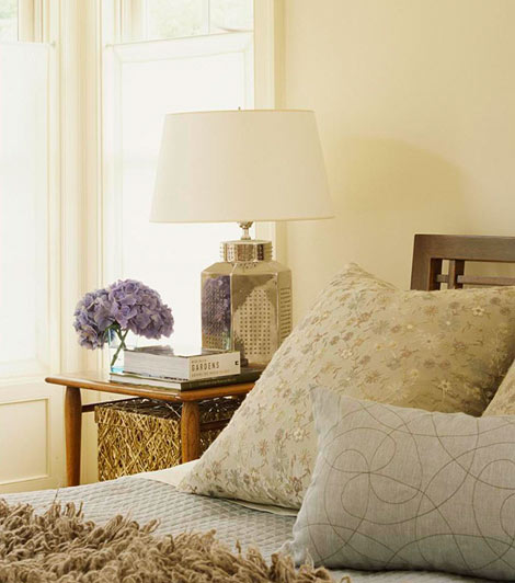 Dream homes and gardens decorating ideas beautiful for Beautiful traditional bedroom ideas