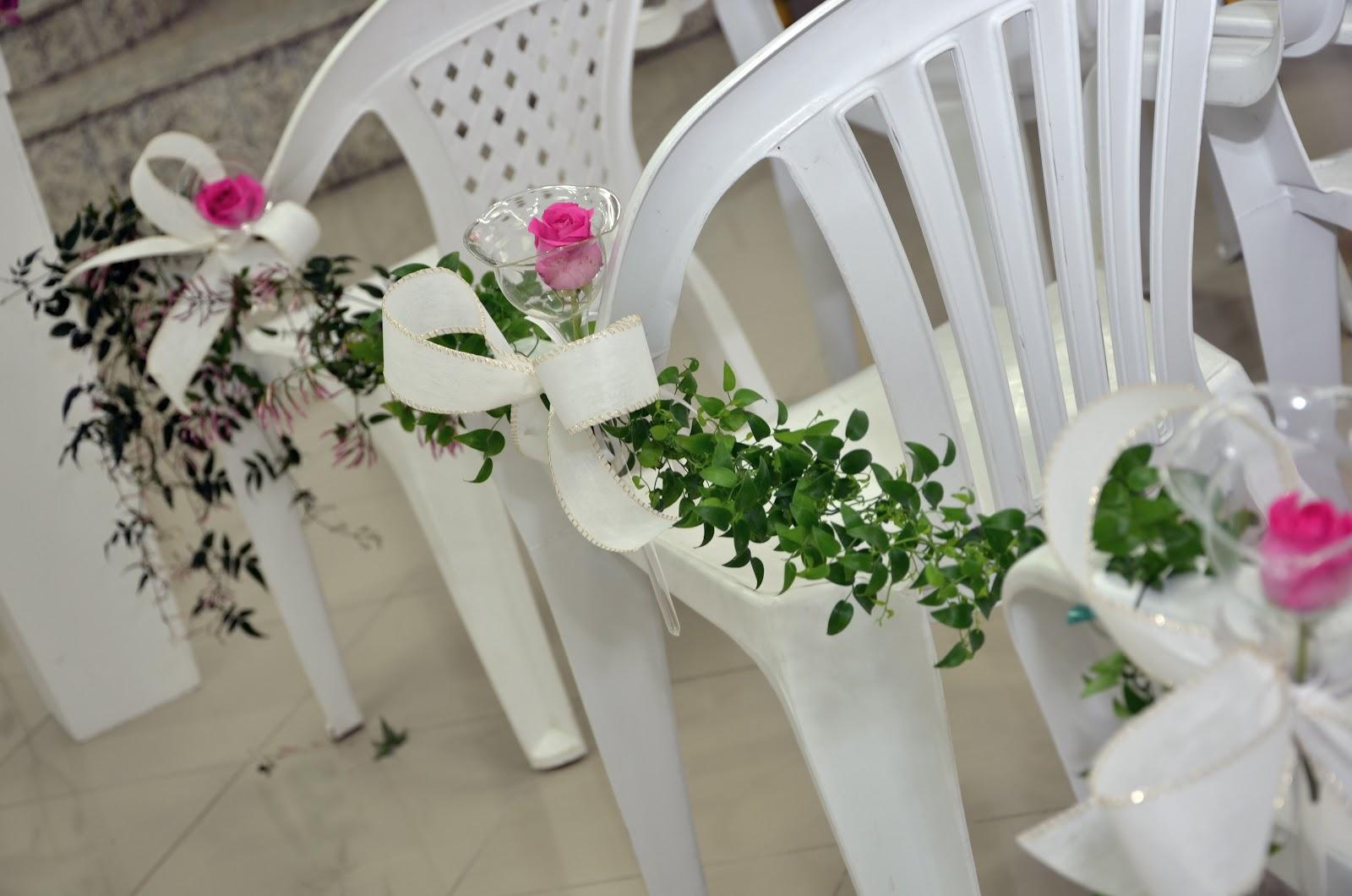 Casa: Decorando casamento: Cadeiras de plástico e ferro tipo bar #436227 1600x1060