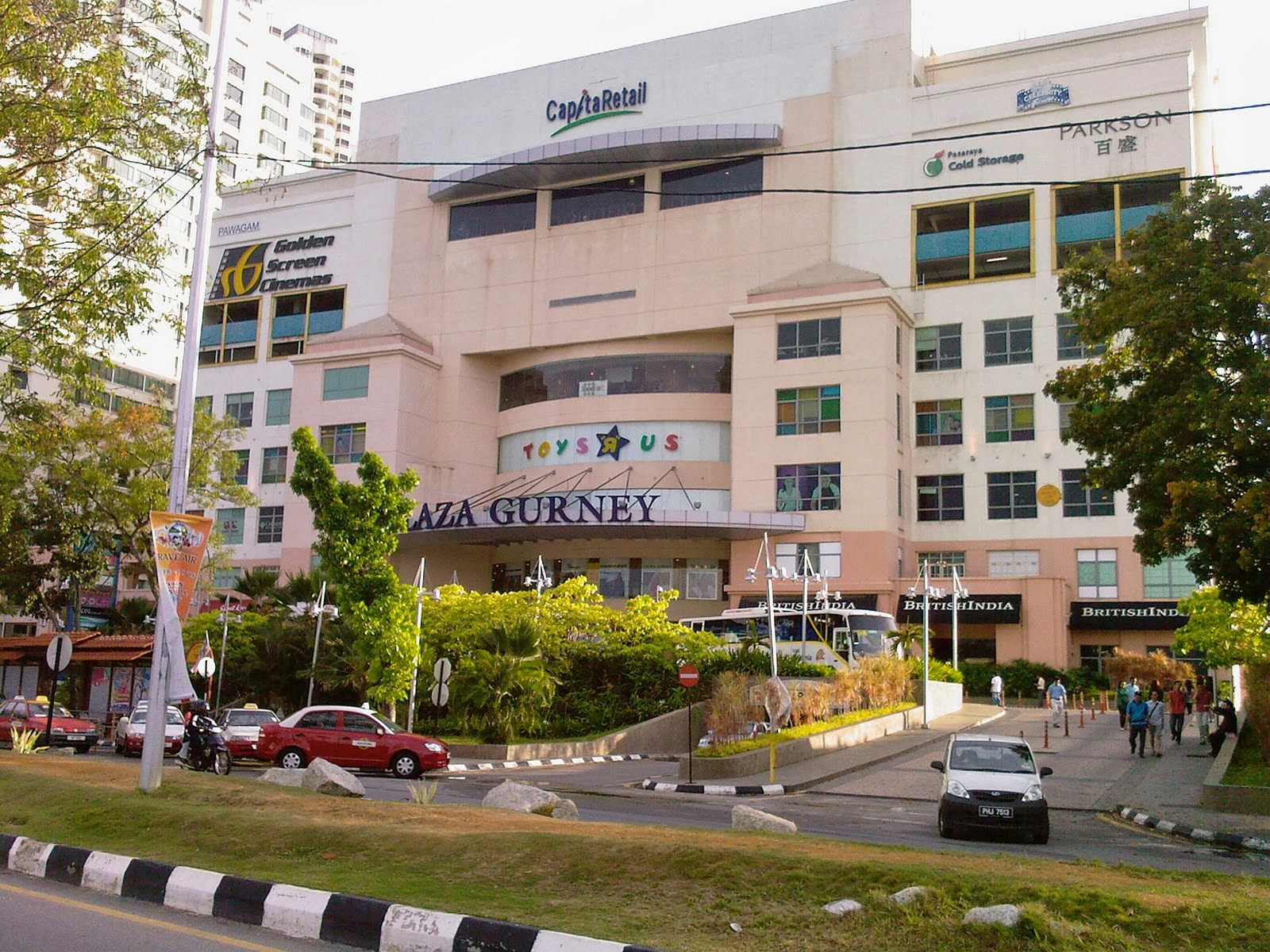Island Plaza Penang Restaurant