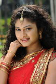Vishnu priya photos from 21st century Love-thumbnail-6