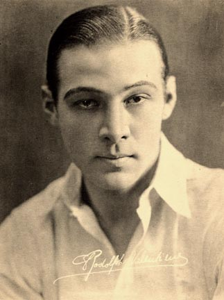 Carroll Bryant: Rudolph Valentino: Teen Idol - 20S Hairstyles