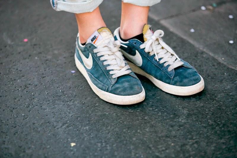 PARIS STREET STYLE: SPRING LOOKS-Nike