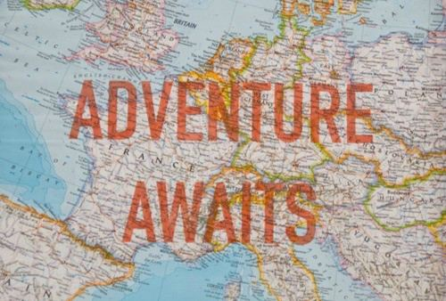 http://2.bp.blogspot.com/-Tm8tIglhrco/T_2JmZkN9cI/AAAAAAAAAWI/EhpHEshZ39I/s1600/adventure+awaits.jpg