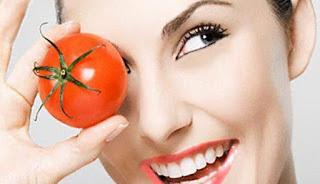 Cara Memutihkan Kulit Cantik dan Mulus dengan Tomat dan Kunyit