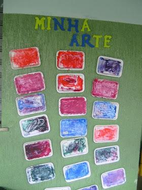 Pintura em bandejinhas de isopor