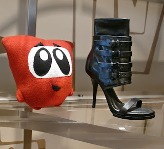 Makuraplush Ninja investigates Alexander Wang heels.