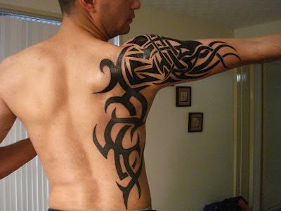 Tatuaje Tribal espalda y brazo