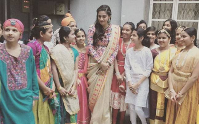 Sonam Kapoor Celebrating Republic Day in Neerja Bhanot School