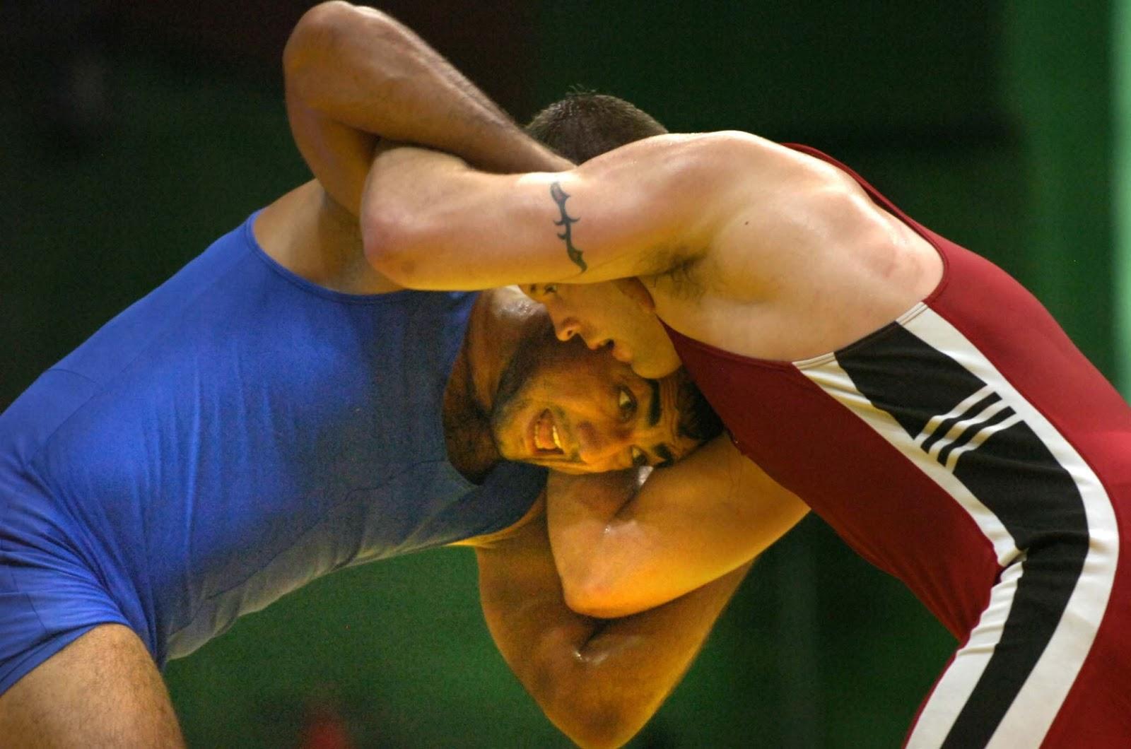 http://2.bp.blogspot.com/-Tn5Wl8wVfLA/UUiXkDTOe1I/AAAAAAAABWw/N5DbuSlgOA4/s1600/wrestling.jpg
