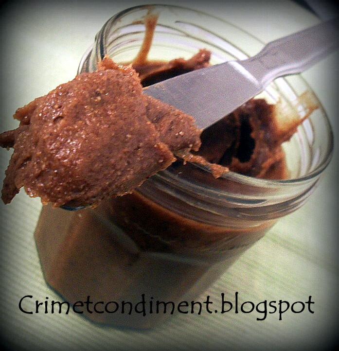 Crimetcondiment p te tartiner au chocolat maison omg for Un pate de maison