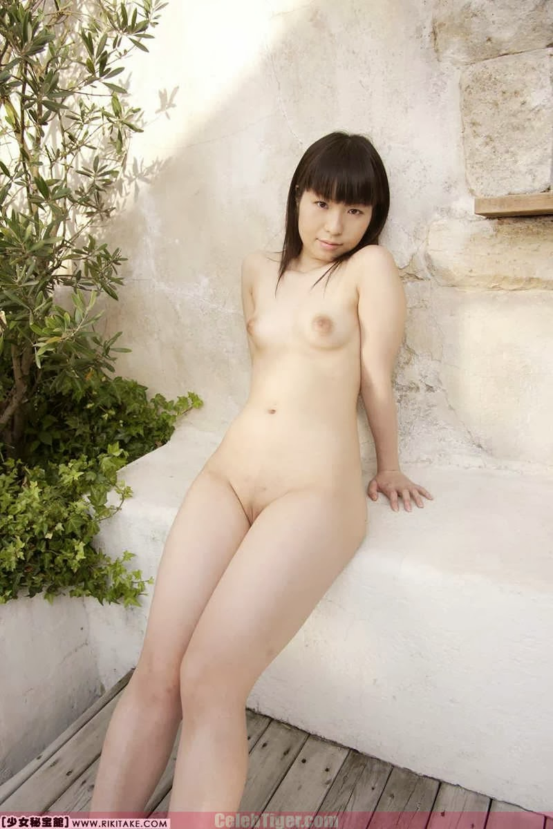 Asian School Girl Tui Kago Nude Outdoor Leaked Photos 2013  www.CelebTiger.com 121 Asian School Girl Yui Kago Nude Outdoor Photos 2013 Part 3
