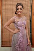 Seerath Kapoor glamorous photos-thumbnail-7