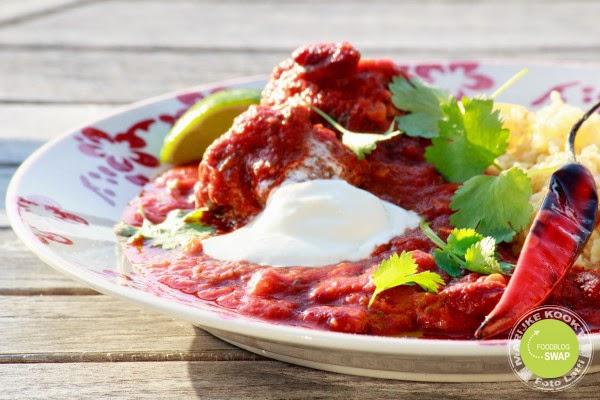 Chili con carne meatballs