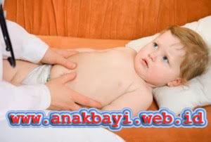 Cara Mengobati Perut Kembung pada Anak Bayi secara Alami