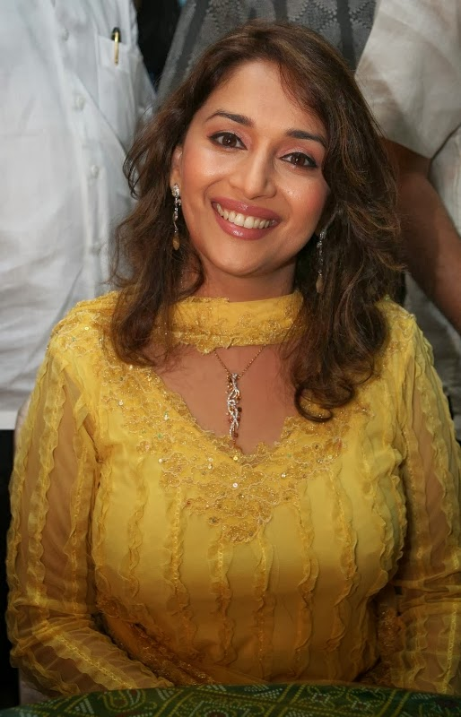 Madhuri Dixit Hot milky big juicy cleavage captured at camera