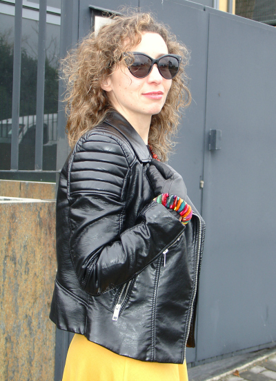 OOTD - Leather Jacket and Midi Skirt. Visit www.forarealwoman.com  #moda #fashion #blogger