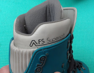 Inner Padded Shoe in Plastic Mountaineering Boot