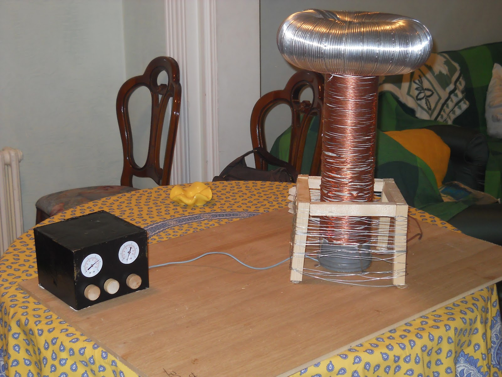 tesla et sa bobine galerie. Black Bedroom Furniture Sets. Home Design Ideas