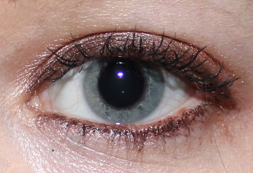 MAKE UP FOR EVER Aqua Matic #S-60 Satiny Warm Brown on eyes