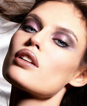 Maquillaje de noche para iluminar ojos